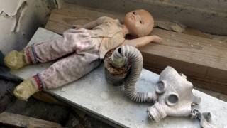 Tschernobyl-Paket: Ein Experiment fuehrt in Tschernobyl zur Katastrophe