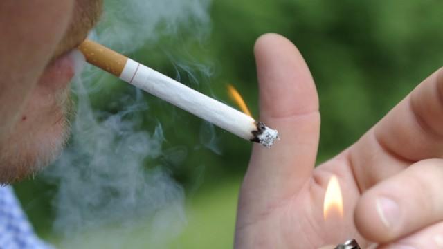 Kinderdienst: EU plant strengeres Rauchverbot und weniger giftige Zigaretten