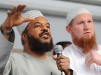 Islamisten-Duo: Pierre Vogel (r) und Abu Ameena Bilal Philips in Frankfurt am Main