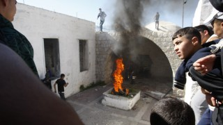 Palestinian rioters set fire in Joseph's Tomb in the West Bank city of Nablus