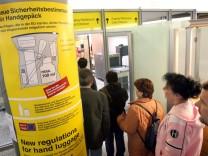 Flüssigkeitsverbot im Handgepäck nicht gelockert