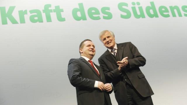 """Seehofer kündigt ´Südschiene"""" auf"""