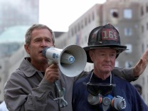 US-ATTACKS-BUSH-FIREMAN