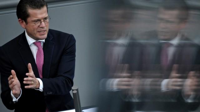 Gutachten: Guttenberg hat absichtlich getaeuscht
