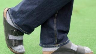 Nicht nur Socken in Sandalen sind tabu - Stilsünden des Sommers