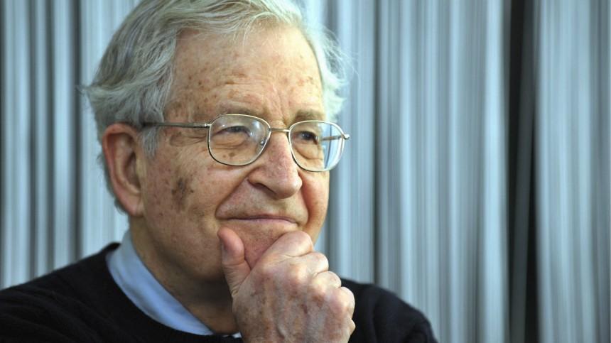 Noam Chomsky erhaelt Erich-Fromm-Preis