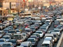 China - Straßenverkehr in Peking