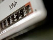 Behoerde rechnet wegen Netzausbau mit hoeheren Strompreisen