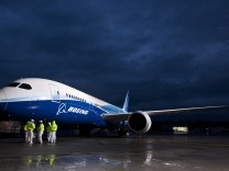 Boeing 787 Dreamliner Takes First Test Flight