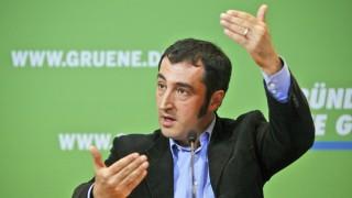 De Maiziere bundeswehr Grünen-Chef Cem Özdemir