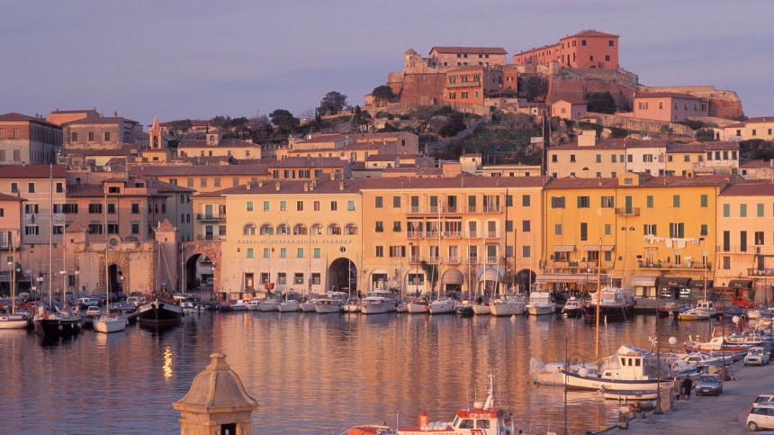 Die Ruhe vor dem Sturm: Stille Tage auf Elba erleben