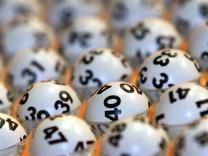Kinderdienst: Glueckspilz aus Schleswig-Holstein gewinnt ueber zehn Millionen Euro im Lotto