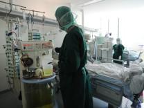 EHEC breitet sich aus - Uniklinik Hamburg-Eppendorf