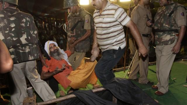 Protest in Indien Indien: Yogi im Hungerstreik