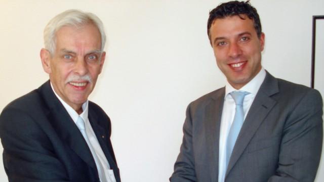 Hamada Iraki, Dieter Schneider