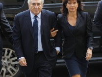 Former IMF Chief Strauss-Kahn arrives at Manhattan Criminal Court for an arraignment hearing in New York