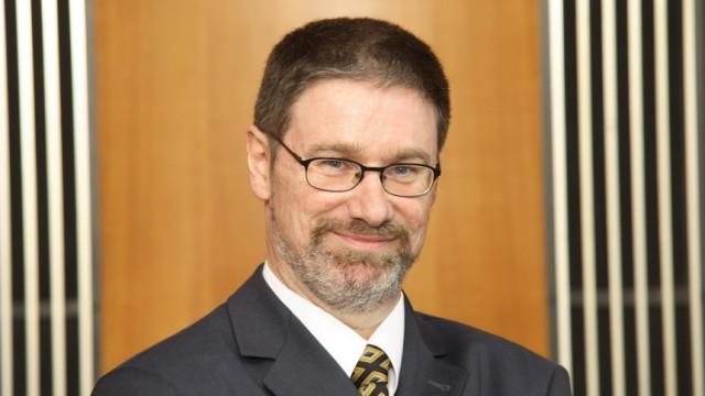 EU-Chefökonom Lars-Hendrik Röller übernimmt esmt-Präsidentschaft zum 1. September 2006