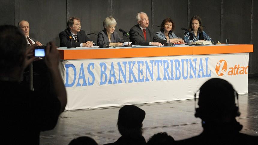 Konstituierung des 'Gerichts' beim ATTAC-Bankentribunal