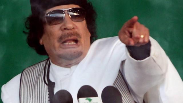 Herrscht seit mehr als 40 Jahren in Libyen mit eiserner Hand: Diktator Muammar al-Gaddafi.