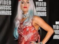 Lady Gagas Fleischkleid macht Geschichte