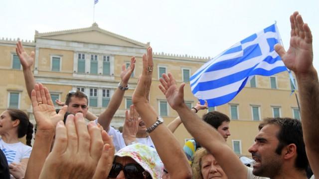General strike in Greece against new heave austerity measures