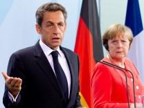 Kanzlerin Merkel trifft Sarkozy