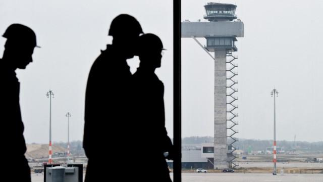 Baustand BBI - Flughafenbau weit fortgeschritten