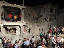Tripolis air strikes