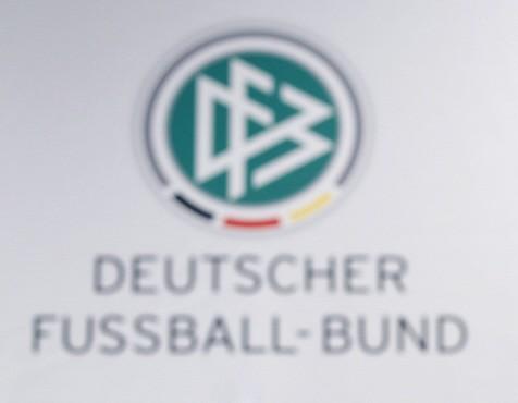 Spruche Zum Frauenfussball Ernst Kuzorra Seine Frau Ihr