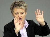 Bundestag Gabriel - Renate Künast