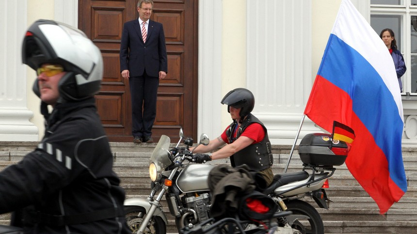 Bundespräsident Christian Wulff empfängt Motorradfahrer