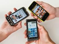 Viele Wege führen ins Web - Handy-Browser im Vergleich
