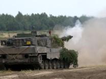 Leopard 2 A6 wird in der Welt als der Kampfpanzer 'ersten Ranges' angesehen