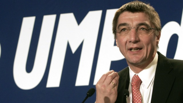FRANCE-POLITICS-ELECTIONS-DEFENCE-SARKOZY