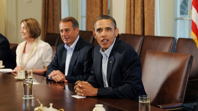 US President Barack Obama meets with Congressional leadership in