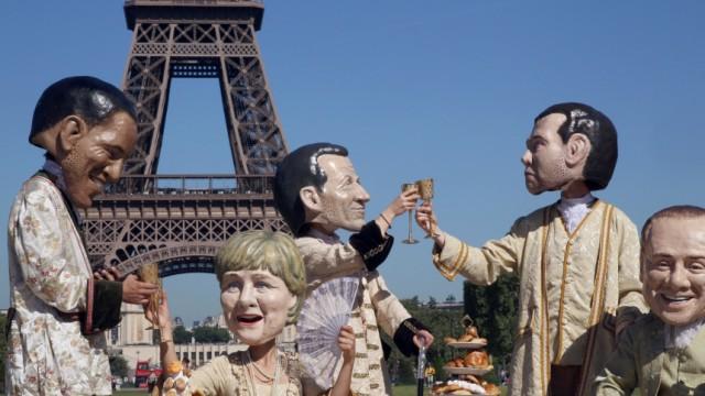 FRANCE-G8-SUMMIT-DEMO-OXFAM