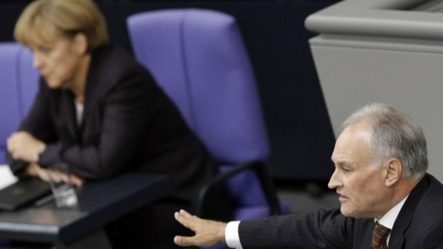 Frueherer CSU-Vorsitzender Huber fordert von Merkel mehr Fuehrungsstaerkel