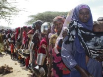 Drought-hit Somalis continues to flee to the capital Mogadishu