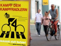 Neues Feindbild - 'Der Kampfradler'