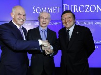 Greece's Prime Minister Papandreou, European Council President Van Rompuy and EC President Barroso address a joint news conference at the end of an euro zone leaders crisis summit in Brussels