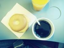 Donut Kaffee Flugzeug