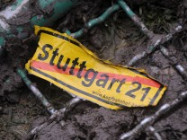 Landesregierung informiert ueber das Abschiedsgesetz zu 'Stuttgart 21'