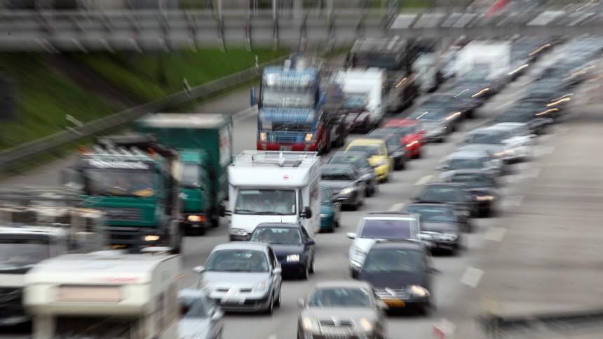 Stau auf Hamburger Autobahnen