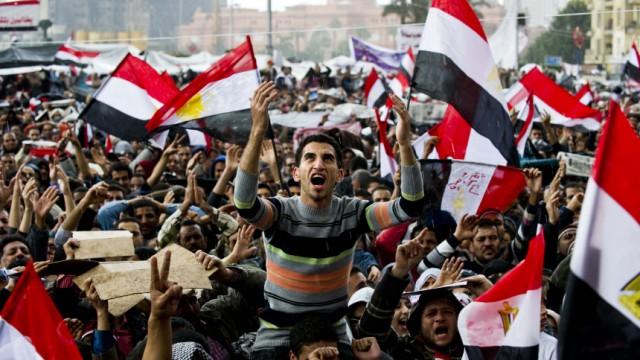 Arabischer Frühling Nahost-Expertin im Interview