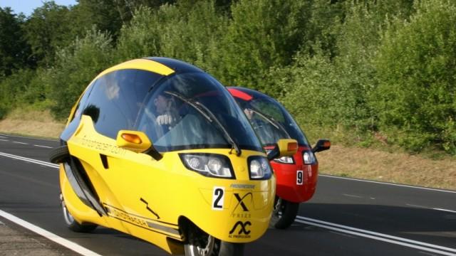 Alternative Antriebe Kabinenmotorrad mit Elektroantrieb