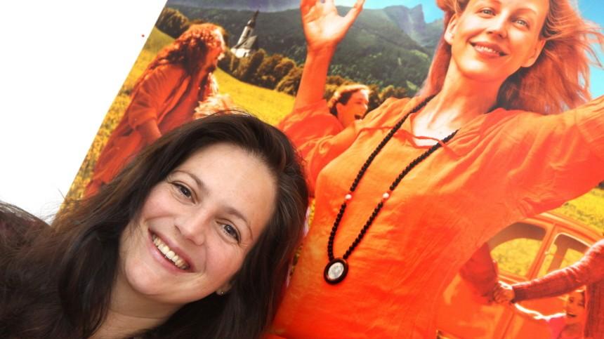 """Menschen in München Drehbuchautorin """"Sommer in Orange"""""""