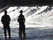 Angler an der isar am Flaucher, 2010