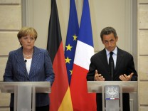 Merkel, Sarkozy hold key talks on eurozone debt
