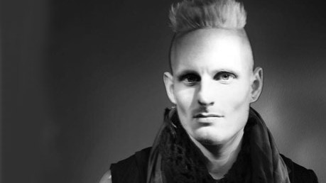 patrick mohr; berlin fashion week; modewoche berlin; designer; mode; obdachlose