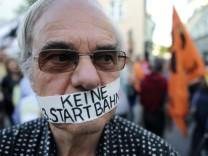 Startbahngegner demonstrieren in Erding